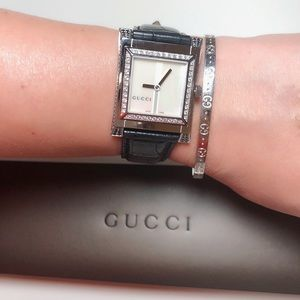 GUCCI DIAMOND WATCH 30mm NWT